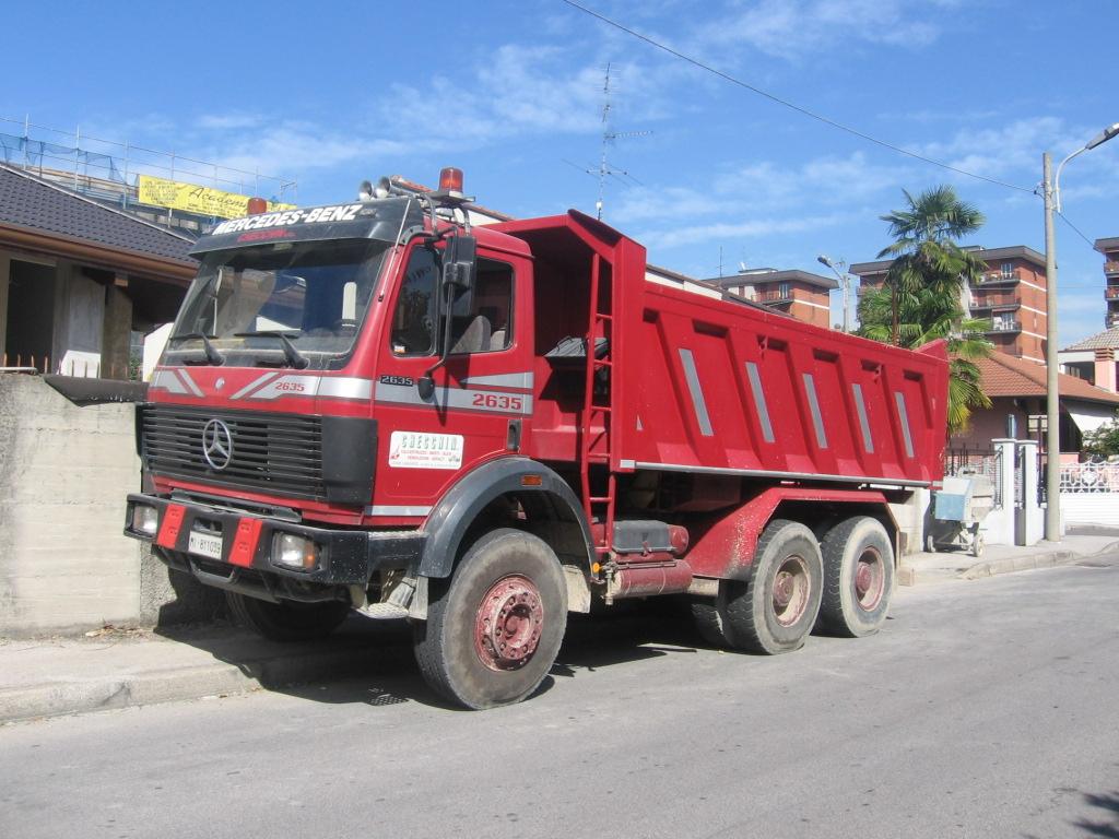 Mercedes Benz 2635 Pictures
