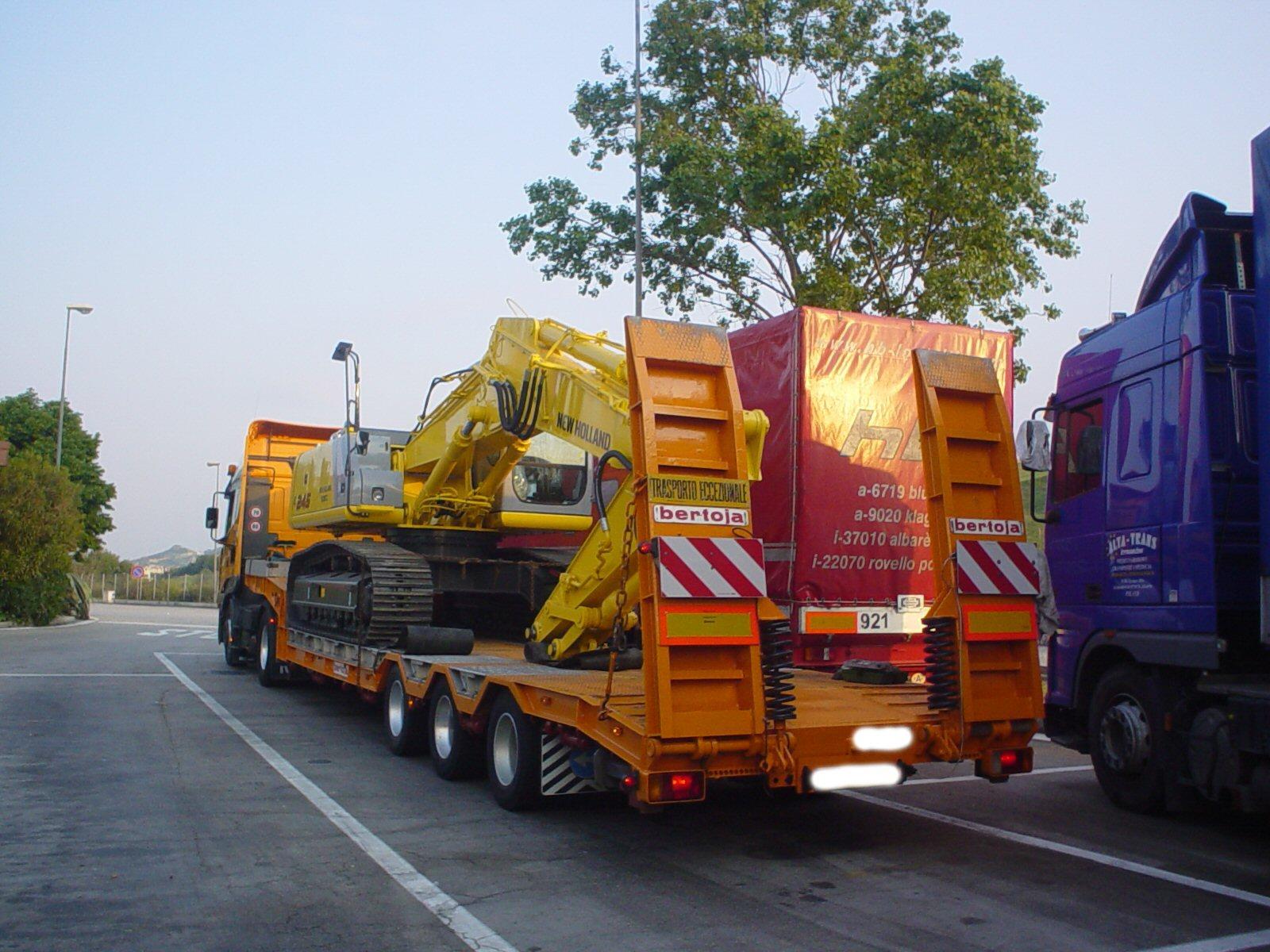 Camion e Autocarri usati e nuovi su MachineryZone