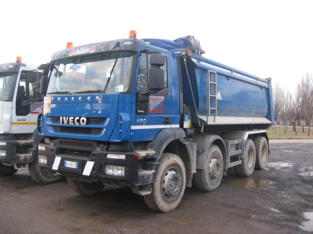 Iveco Trakker Auto Immagini